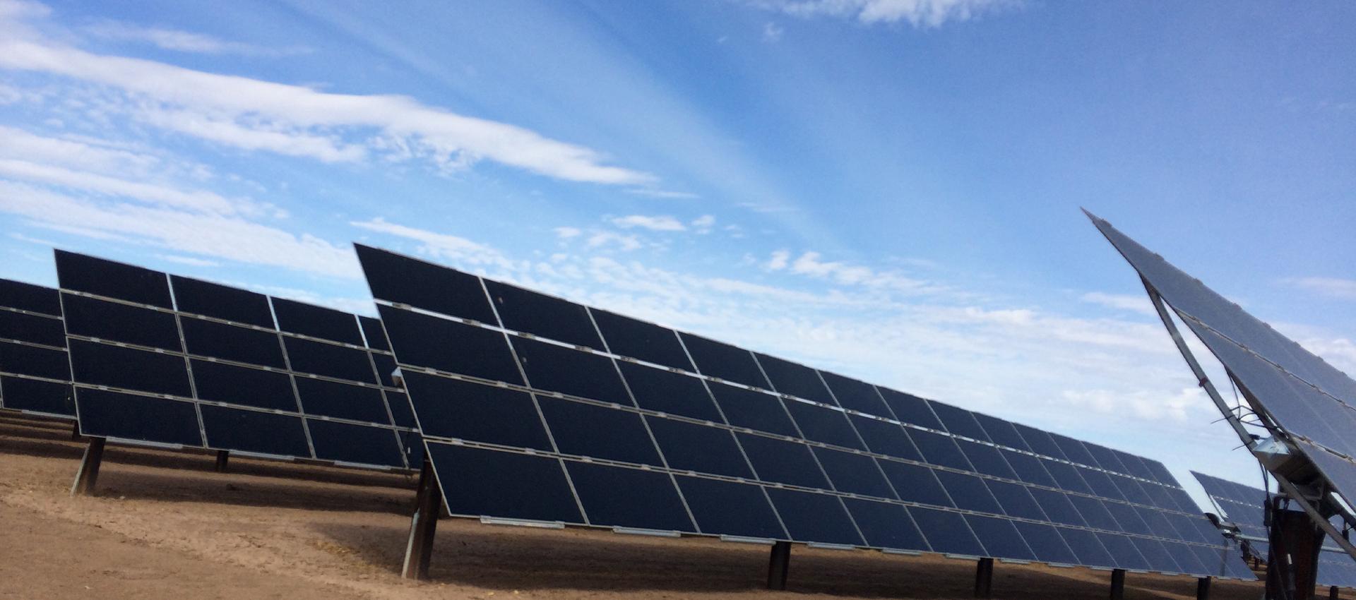 SOLUCIONES TECNOLÓGICAS Y ENERGÍA RENOVABLE